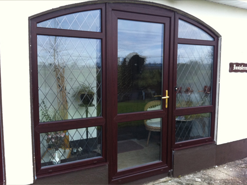 Rosewood uPVC front door with leaded side panels?